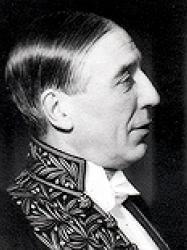 Maurice Garçon en habit d'académicien