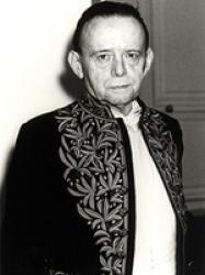 Jacques Laurent en habit d'académicien