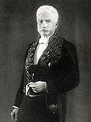 Ernest Seillière en habit d'académicien