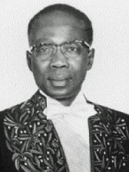 Léopold Sédar Senghor en habit d'académicien