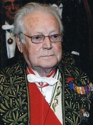 Maurice Druon en habit d'académicien