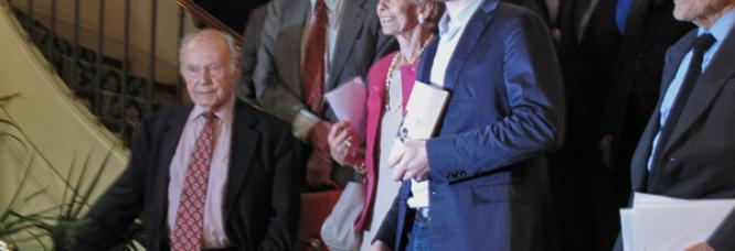 Jöel Dicker et la commission du Grand Prix du Roman de l'Académie française, 25 ocrobre 2012.