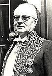 Marcel Arland en habit d'académicien