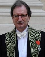 Jean-Luc Marion en habit d'académicien