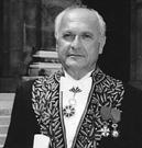 Pierre Nora en habit d'académicien-©Brigitte Eymann 2002