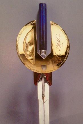 Épée de René Obaldia par Jean Vendome