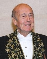 Valéry Giscard d'Enstaing en habit d'académicien-©Luc Castel 2004